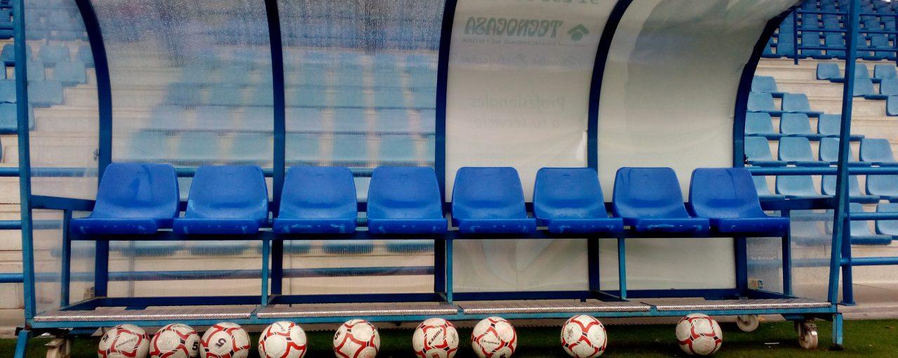 Gritos e insultos, el hilo musical en las gradas del fútbol formativo