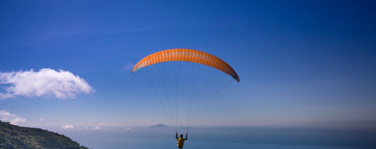 Antes de saltar, comprueba que llevas paracaídas